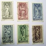 Stamps, Austri